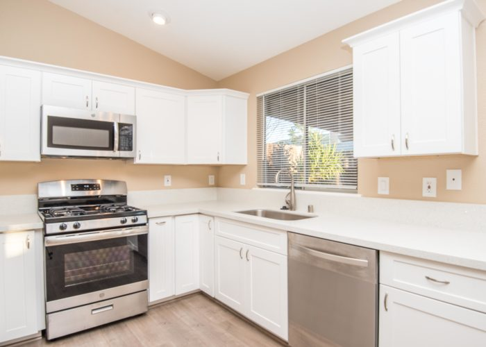 9138 Lucchesi Dr-